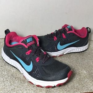 Women's Nike WILD TRAIL Running shoes size 7 CLEAN